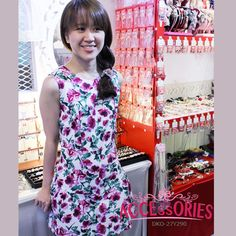 BRAND NEW FROM SOUTH KOREA  Summer Flora Splash (DKO-27Y290) Free-Size (Quantity):- 2  Price now $75 till 28 Feb 2015! Original Retail Price: $139  You can buy it at our website! More info at http://theaccessories.co/product/dko-27y290  #women #dress #apparel #korea #free size #flora #new #sleeveless #girl #ladies #office #tapered cut #elegant #green #cotton #dinner #vintage #retro #sweet #pink
