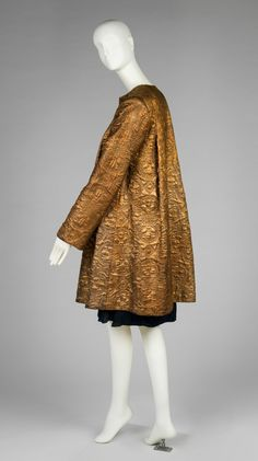 Edward H. Molyneux (British, 1891-1974), Jacket, 1930s. Quilted gold silk. RISD Museum, Providence, RI.