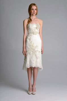 I love this knee-length strapless lace #weddingdress from #Marchesa featuring delicate vintage lace accents.