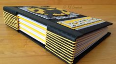 Encadernação Artesanal Longstitch Arts And Crafts, Diy Crafts, Cool Books, Scrapbook, Craft Night, Book Binding, Book Art, Typography, Bullet Journal