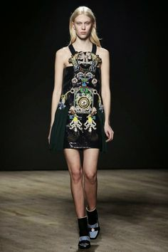 Mis Queridas Fashionistas: Mary Katrantzou Ready To Wear Fall/ Winter 2014 - London Fashion Week