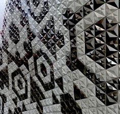 100% Design, London 2014 The 100, London, Quilts, Blanket, Design, Quilt Sets, Blankets, Log Cabin Quilts, Quilt