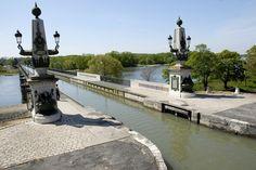 Pont_Canal_de_Briare_01 ©  Jean Puyo