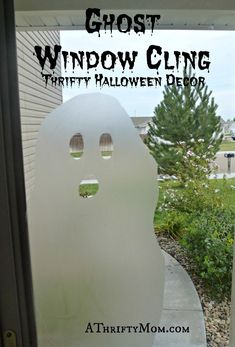 Ghost window cliing, #pressandseal, #Glad, #Ghost, #window art, #windowcling, #Halloween, #fall, #spooky