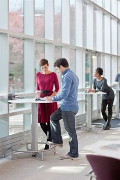 Steelcase - ScapeSeries  Stand-up work tables