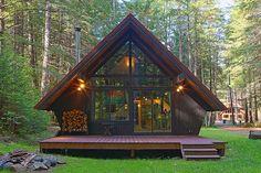 Chalets en bois www. Silo House, Tiny House Cabin, Tiny House Living, Cabin Homes, Log Homes, A Frame House Plans, A Frame Cabin, Kabine, Cabins And Cottages