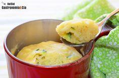 Mug cake de calabacín y queso Mug Recipes, Healthy Recipes, Delicious Recipes, Healthy Food, Potato Salad, Mashed Potatoes, Queso, Food And Drink, Yummy Food