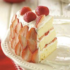 Strawberry creamcake