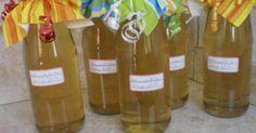 Holunderblütensirup - superschnell und superlecker, ein Rezept der Kategorie Getränke. Mehr Thermomix ® Rezepte auf www.rezeptwelt.de