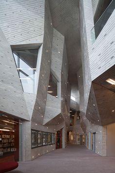 Yurihonjo City Cultural Center // Chiaki Arai Urban & Architecture Design // Yurihonjo, Japan