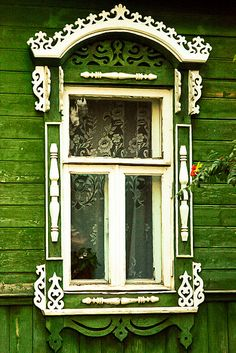 A wooden house in Suzdal, Russia. by Oxutka on Flickr.