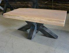 <p>Stoere boomstam salontafel met stalen mangrove onderstel. Het massief eikenhouten tafelblad kan in elke maat worden gemaakt, ook kunt u zelf de gewenste dikte bepalen.<br />De boomstamplakken worden vooraf door onze meubelmakers gesorteerd, gevlakt, geschaafd en geschuurd om elke keer weer een prachtig meubelstuk te maken.</p>