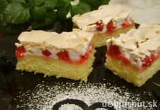 Ribezľový koláč so snehom