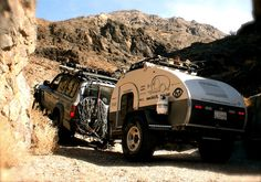 The Adventure Duo's 1993 Toyota Land Cruiser and Teardrop Trailer Adventure Trailers, Adventure Car, Camp Trailers, Tiny Mobile House, Mobile Homes, Land Cruiser 80, Toyota Land Cruiser, Toyota 4, 4x4 Off Road