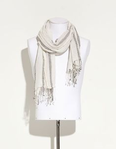 Gotta have a scarve