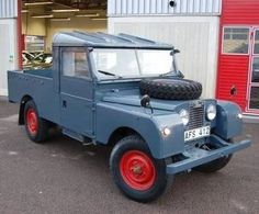 Land Rover 107 Serie One pickup hard top Cab. AFS 412 1956 107""