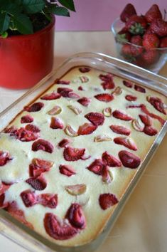 Photo: Baked semolina cheesecake with strawberries and rhubarb - Fit Sweets Recipes, Desserts, Polish Recipes, Strawberry Cheesecake, No Bake Cake, Food Porn, Brunch, Food And Drink, Yummy Food