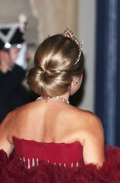 82 Best Queen Maxima Hair Styles Images Queen Maxima Holland