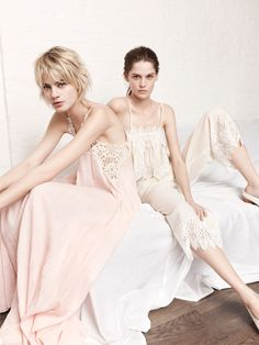 Colecciones Zara The Spring Report Fashion Show, Fashion Outfits, Fashion Design, Look Zara, Zara Official Website, Pink Maxi, Zara Women, Night Gown, Spring Summer Fashion