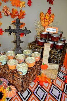 "baskets for serving food, raffia wrapped ""L"""