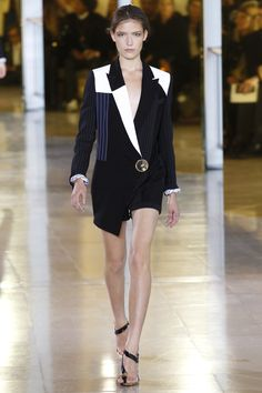 Anthony Vaccarello Spring 2016 Ready-to-Wear Fashion Show - Zuzu Tadeushuk