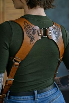 Leather Holster, Leather Harness, Leather Tooling, Leather Camera Strap, Camera Straps, Leather Laptop Bag, Leather Bags, Neck And Shoulder Pain, Shoulder Pads