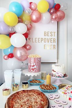 It was Birthday party time again this past weekend. I can hardly believe that my little lady turned For her party this year she decided it was time Slumber Party Foods, Birthday Sleepover Ideas, Adult Slumber Party, Sleepover Birthday Parties, Girl Sleepover, Birthday Party For Teens, Birthday Party Themes, Slumber Party Ideas, Sleepover Party Favors