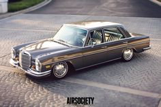 Mercedes-Benz-280SE-AccuAir-ELevel-E-Level-AirSociety-007