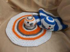 PATTERN ONLY Easy BB8 & R2-D2 Lovey Crochet Pattern by craftiekimmie on Etsy