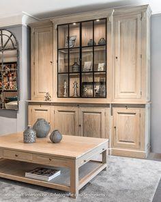 Home Room Design, Dining Room Design, House Design, Wooden Display Cabinets, Küchen Design, Interior Design, Home Entrance Decor, Home Decor, Lets Stay Home