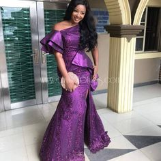 a un vistazo de owambe a través de estos estilos de asoebi reales - auf zu einem owambe-blick durch diese asoebi-stile real Nigerian Lace Dress, Nigerian Lace Styles, Aso Ebi Lace Styles, African Lace Styles, Lace Dress Styles, Ankara Styles, African Style, Nice Dresses, African Wear Dresses