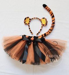 Tigger Halloween Costume Tutu Includes Tutu Ear by taddletellshop Tigger Halloween, Halloween Bebes, Halloween Costumes For Kids, Disney Costumes For Kids, Animal Costumes, Cute Costumes, Girl Costumes, Dance Costumes, Tiger Girl
