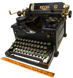 Antique ROYAL NO. 10 TYPEWRITER c.1929 Mechanical Type GLASS SIDES All Original!   eBay