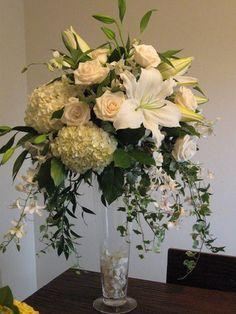 Centerpiece, White, Roses, Hydrangea, Orchids, Tall, Vendela, The blue orchid, Dendrobium, Ivy, Casablanca, Oriental lilies, Trumpet vase