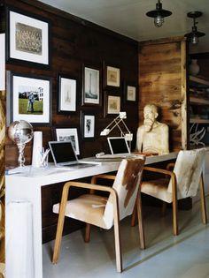 1 desk for 2