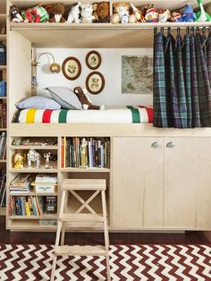 This Built-In Bed Idea Creates More Space for Toys Kid Spaces, Small Spaces, Built In Bed, Built Ins, Kid Beds, Bunk Beds, Small Rooms, My New Room, Kids Decor