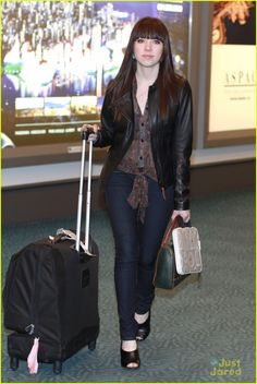 Spotted: Carly Rae Jepsen traveling in her Mavi's.