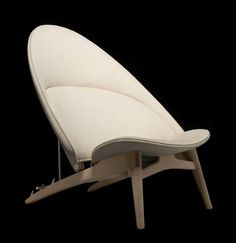 THE TUB CHAIR. For the celebration of Hans Wegner's 100th Anniversary, PP Mobler will launch 3 exclusive chairs in Milan at the MC Selvini showroom. The Tub Chair is the very first one PP Mobler will present as a preview of the Milan show from 8th to 13th april.