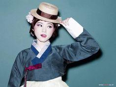 한복 Hanbok : Korean traditional clothes[dress] #modernhanbok #wedding #hanbok #한복…