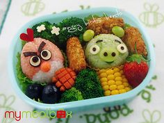 angry birds bento box pic on Design You Trust Angry Birds, Lunch Box Bento, Cute Bento Boxes, Box Lunches, Lunch Boxes, Bird Party, Bird Food, Babybel Cheese, Charcuterie