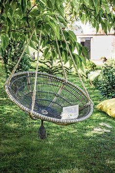 Une loveuse DIY suspendue pour le jardin