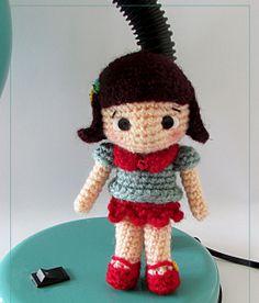 Patrón gratis amigurumi muñeca pequeña
