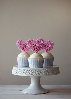 Ruffle Heart Cupcakes + GIVEAWAY - Style Sweet CA
