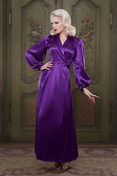 100% Silk Full Length Robe/Dressing Gown 1940s inspired vintage style perfect for any pinup girl  AT vintagedancer.com