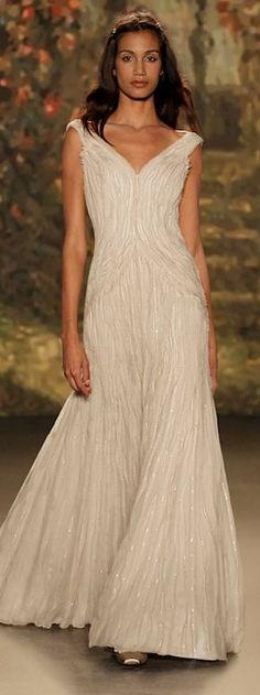 Vestidos de novia con mucho brillo | Preparar tu boda es facilisimo.com