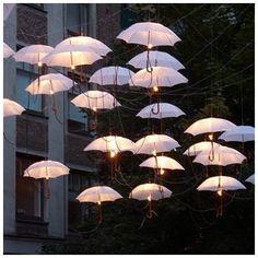 Paraplu met licht, maker onbekend