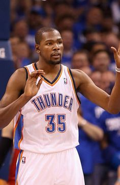 Kevin Durant #35 of the Oklahoma City Thunder
