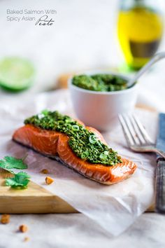 Baked Salmon with Asian Cilantro Pesto is an #easy, healthy dinner that feels SO fancy and is ready in under 30 minutes! Bonus: it's #GlutenFree!