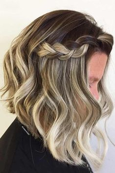 Have a look at our suggestions of medium length hairstyles. For those who have no clue how to impress their hubby with a nice 'do on Valentines Day. #hairstyles #shorthairstyles #mediumhairstyles #braids