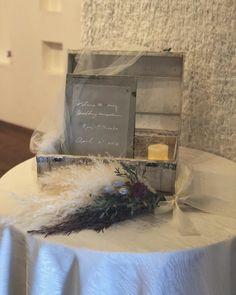 ウェルカムスペースの装飾アイデア♬おすすめアイテムやコツを伝授 Simple Weddings, Wedding Simple, Wedding Images, Wedding Decorations, Bride, Interior, Handmade, Home Decor, Rustic